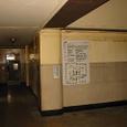 4階 ホールより廊下